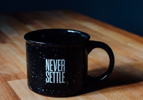 Pension Living - Never Settle mug